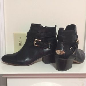 COACH Size 6 B ANKLE BOOTS PAULINE BLACK LEATHER